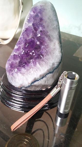 đèn soi đá quý mini - den soi da quy mini